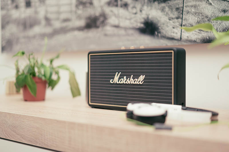 Retro vintage Bluetooth speaker
